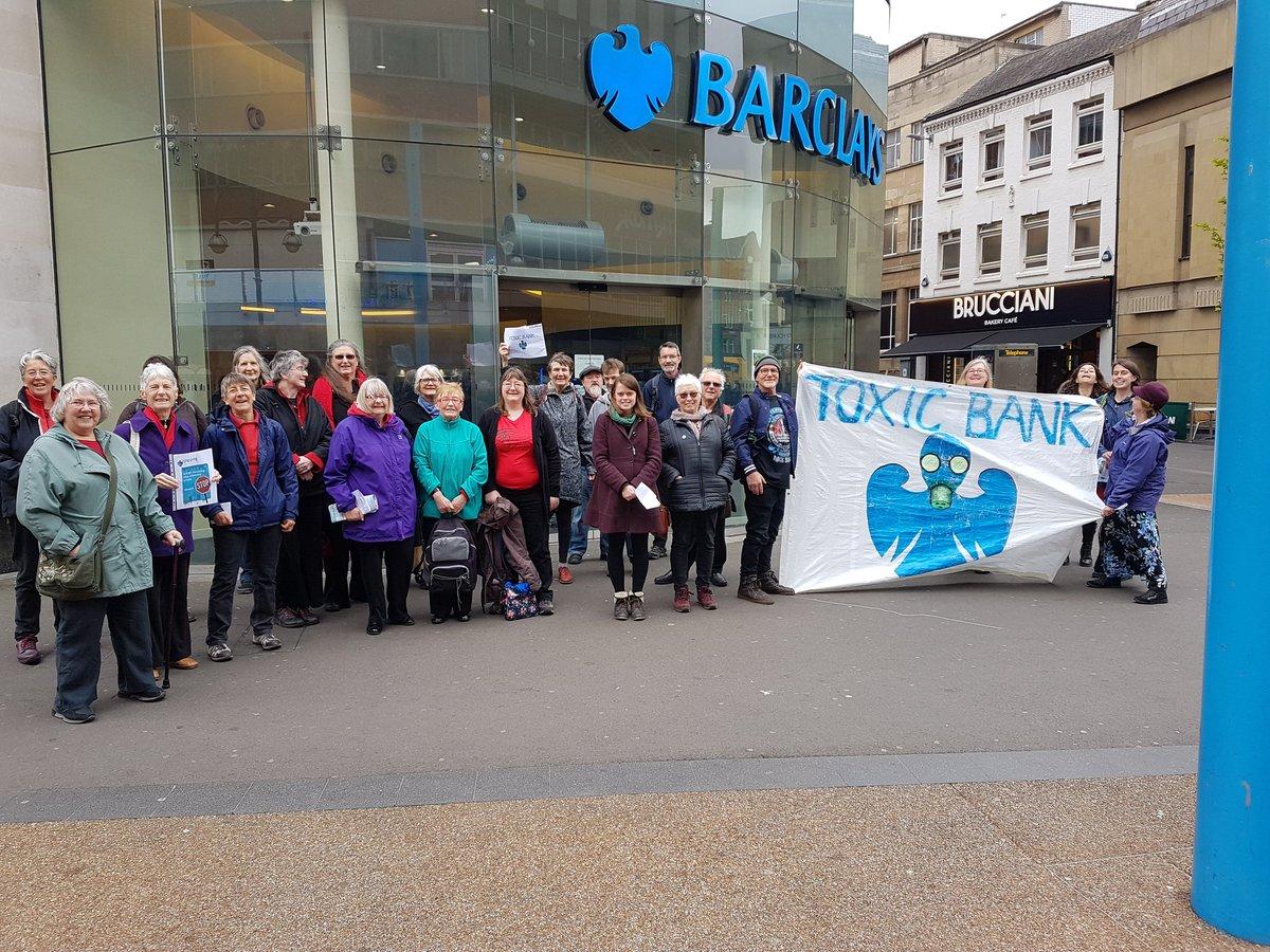 Flash Mob at Barclay's 06.05.17